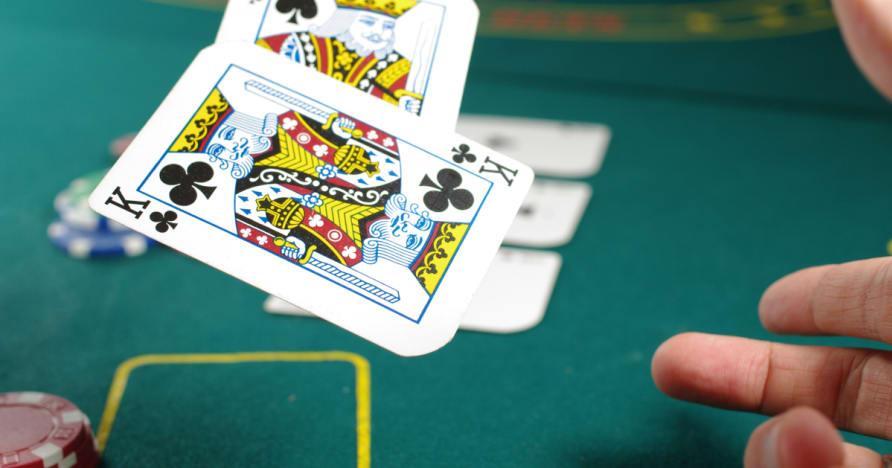 Απαντώντας σε μερικές ερωτήσεις σχετικά μια καλή στρατηγική πόκερ