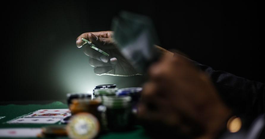 Οδηγός για μεγιστοποίηση κερδίζοντας άκρη σας Ενώ Παίζοντας πόκερ